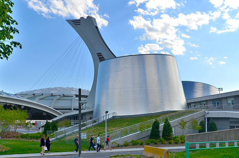 Planétarium Rio Tinto Alcan - Montréal / Le planétarium s'intègre à un secteur urbain à vocation olympique et muséale Photo: Meunierd / Shutterstock.com